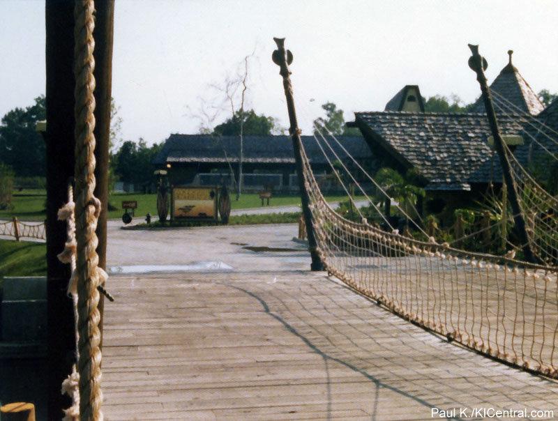 LCS-Bridge-1974.jpg