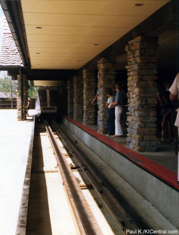 LCS-Station-1974.jpg